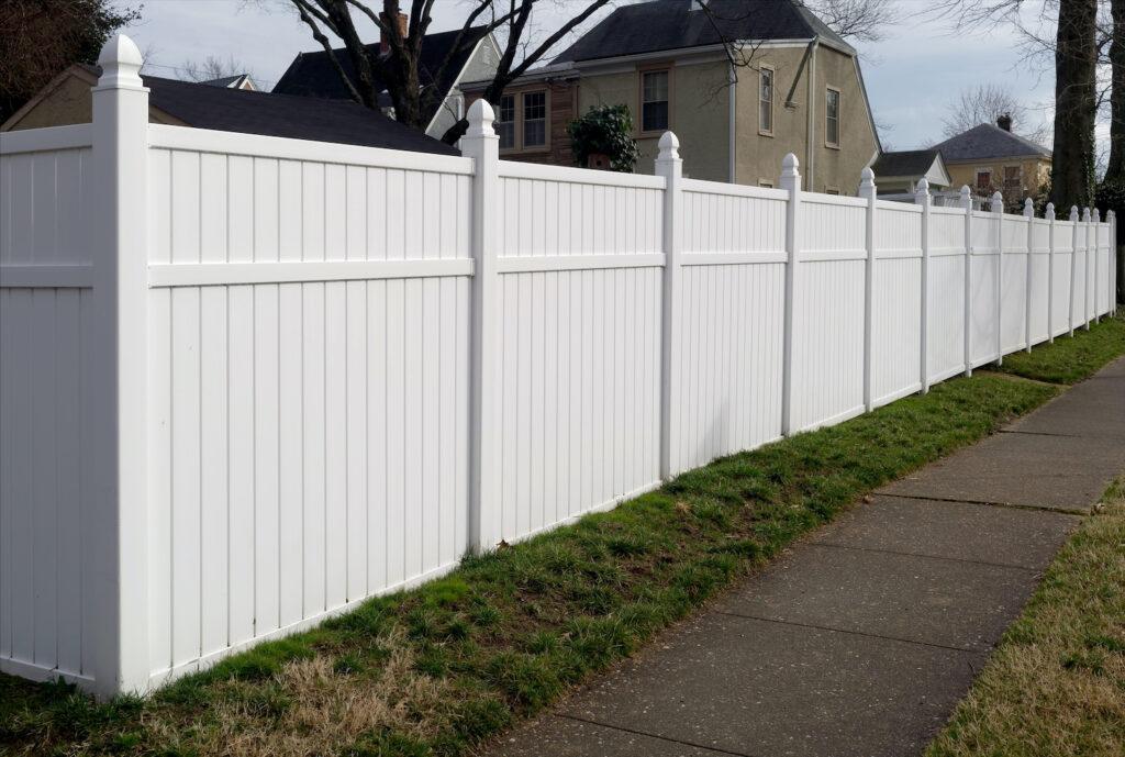 Fence Washing White Vinyl